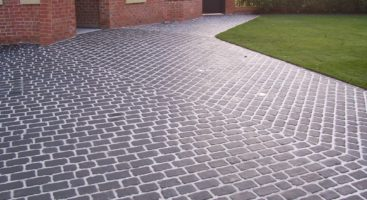 cobbled stone paving driveways